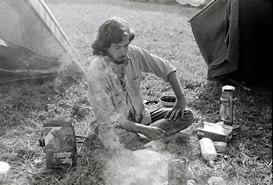 Stompin' 76 festival cooking at the campsite